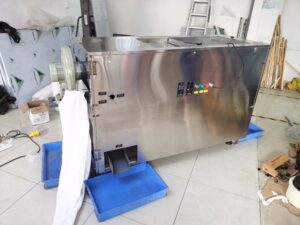 automatic mealworm separator shipped to Austria